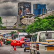 BANGKOK - AUG 20: Traffic moves slowly along busy road, August — Stock Photo #30151771