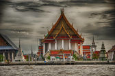 Bangkok architecture and cityscape with Chao Phraya river — Stok fotoğraf