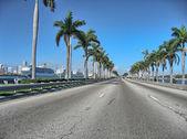MIAMI - JAN 5: City architecture on January 5, 2011 in Miami — Stock Photo