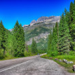 Beautiful summer colors of Glacier National Park, USA — Stock Photo