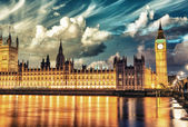 London. Spectacular night view of Westminster — Stock Photo