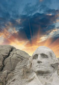 Mount Rushmore - George Washington sculpture — Stock Photo