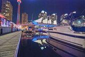 Toronto, kanada. wunderbare stadt skyline in der sommerabend. — Stockfoto