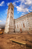 Beautiful view of Campanile in Florence at sunset — Stock Photo