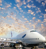 Cargo Plane on the airport runway, ready for takeoff. — Stock Photo