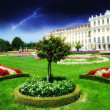 Sky Colors above Schoenbrunn Castle and Vegetation in Vienna — Stock Photo #32357499