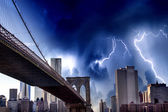 Amazing storm in New York Skies with Manhattan Skyscrapers. — Stock Photo