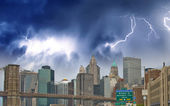 Storm on Lower Manhattan Skyline and tall Skyscrapers - New York — Stock fotografie