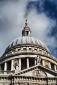 London. Wonderful view of St Paul Cathedral — Stock Photo