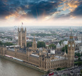 London, UK. Houses of Parliament and Big Ben — Stock Photo