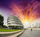 Sunset in London. City Hall area — Stock Photo