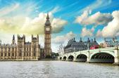 London. Beautiful view of Westminster Bridge — Stock Photo