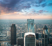 London. Stunning aerial view of modern financial district — Stock Photo