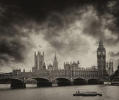 London. River Thames with Westminster Bridge and Big Ben. — Stock Photo