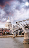 The Millennium Bridge and St Paul Cathedral, London. — Stock Photo
