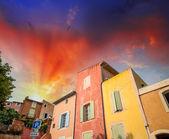 Casas coloridas del rosellón, provenza - francia — Foto de Stock