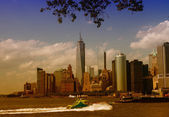 New York City - Wonderful view of Manhattan skyline from Governo — Stock Photo
