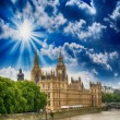 Houses of Parliament in London, UK. Beautiful view from Lambeth — Stock Photo