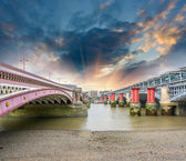 London. Blackfriars Bridge view from River Thames — Zdjęcie stockowe