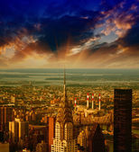 New York. Stunning sunset over the city. Aerial view of Manhatta — Stock Photo