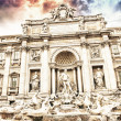 Autumn sunset above Trevi Fountain - Fontana di Trevi in Rome — Stock Photo