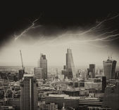 Storm in London. Bad weather over city skyline — Stock Photo