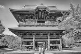 TOKYO - AUG 11: Kamakura Temple and Gardens on August 11, 2013 i — Stock Photo