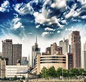 New york. Doğu tarafındaki şehir gökdelenlerin çarpıcı görünüm — Stok fotoğraf