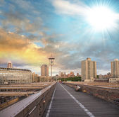 New York, USA. Southern side of Brooklyn Bridge as seen at sunse — Stock Photo