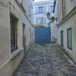 PARIS - DEC 14: Streets of Montmartre on December 14, 2012 in Pa — Stock Photo