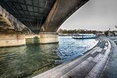 Under Iena Bridge, Paris. Seine river in Eiffel Tower area — Stock Photo
