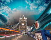 Magnificent structure and colors of Tower Bridge at sunset, Lond — Stock Photo