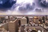 New york city - manhattan skyline bij zonsondergang in de winter — Stockfoto