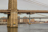 Architectural Detail of Brooklyn Bridge in New York City — Stock Photo