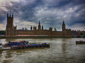 London, UK. Panoramic city view on river Thames — 图库照片