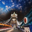 Magnificent structure and colors of Tower Bridge — Stock Photo