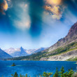 Lake of Glacier National Park, Montana — Stock Photo #37394195