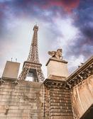 La Tour Eiffel from Seine river — Stock Photo