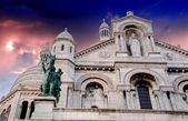 Basilic of Sacre Coeur with dramatic Sky in Paris, France — Stock Photo