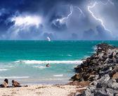 Tormenta acercándose a la playa. — Foto de Stock