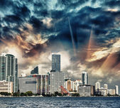 Miami, Florida. Stunning city skyline at dusk, ocean view — Stock Photo