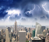 Storm and lightning in New York City — Stock Photo