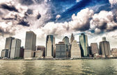 Buildings of Lower Manhattan as seen from East River — Stockfoto