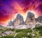 Merveilleux sommets au coucher du soleil — Photo