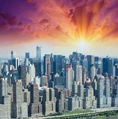 Офисных зданий в Манхэттене, выгодной точки зрения — Стоковое фото