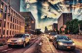 Brooklyn sokaklarında, new york'ta trafik — Stok fotoğraf