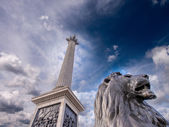 Lion Statue at Trafalgar Square — Stock Photo