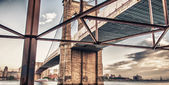 The Brooklyn Bridge — Stock Photo
