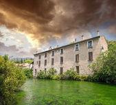 Fontaine de Vaucluse, Provence. — Stock Photo
