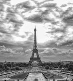 Eiffel Tower and Trocadero  Gardens — Stock Photo